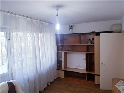 Apartament 2 camere decomandate zona Narcisa. Etaj 3. Mobilat